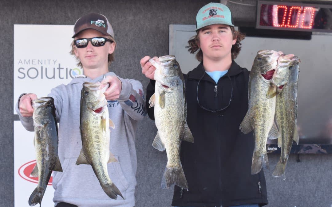 "Landen Bennett and Ty Eaton with Texas Boat World ""2020 AOY Central Division"""
