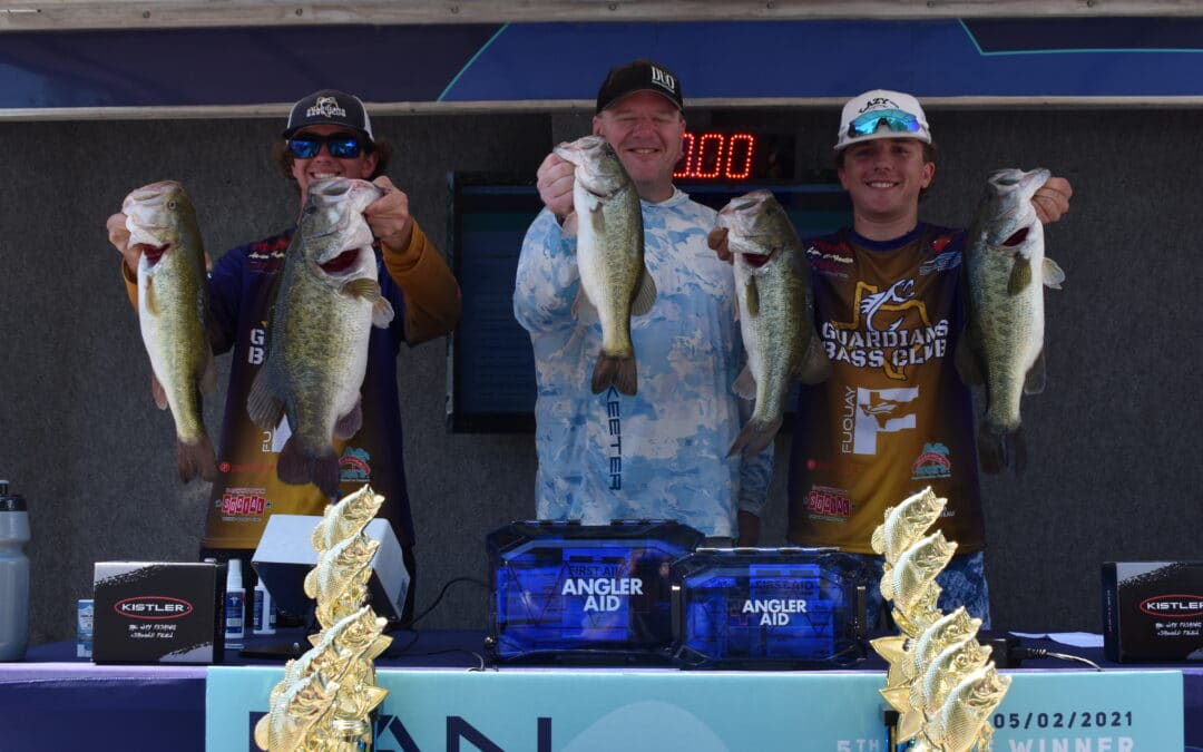 """Aaden Thomas and Lane Carpenter with Guardians Bass Club """"burn up"""" the field to win the FAN 21 Championship"""